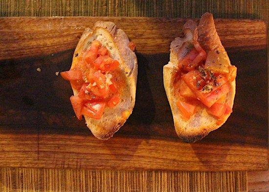 Cafe Marzano: Fresh tomato