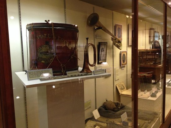 Campus Martius Museum : Musical instruments used during the American Civil War