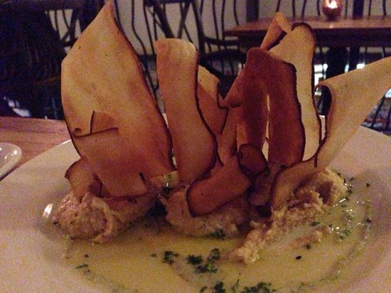 Kome : The hummus is a work of art