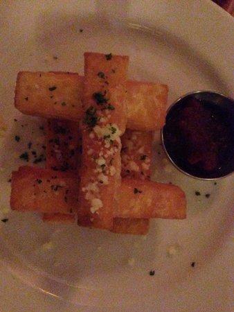 Kome : Polenta fries with tomato jam