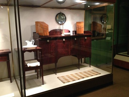 Lovely Campus Martius Museum: Examples Of Fine Furniture In Early 19th Century  Ohio Houses