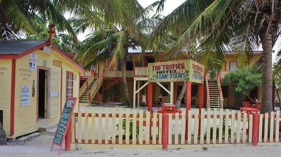 The Tropics Hotel照片