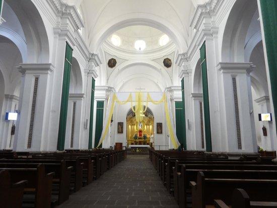 Iglesia de La Merced: Inside