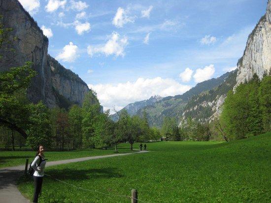 Schilthorn: Gorgeous Valley