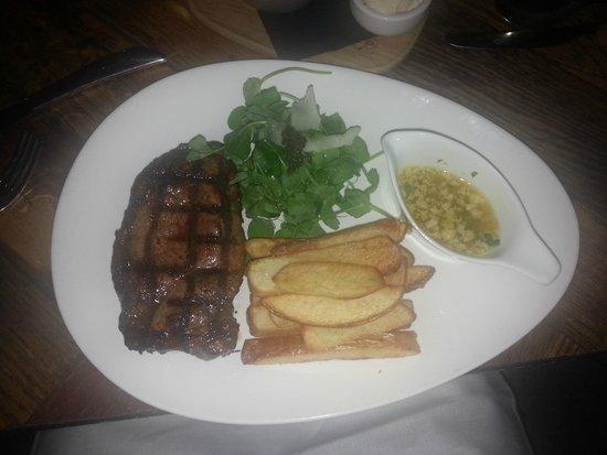 Ludlow Bar Dining Room Porterhouse Steak 36