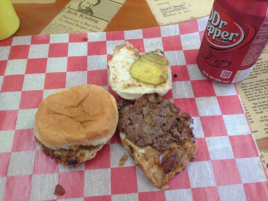 The Cozy Inn : Burger
