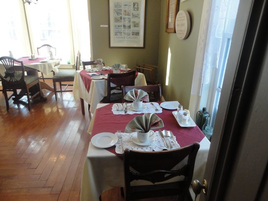 Cooper's Inn : Where I had all of my nice breakfasts