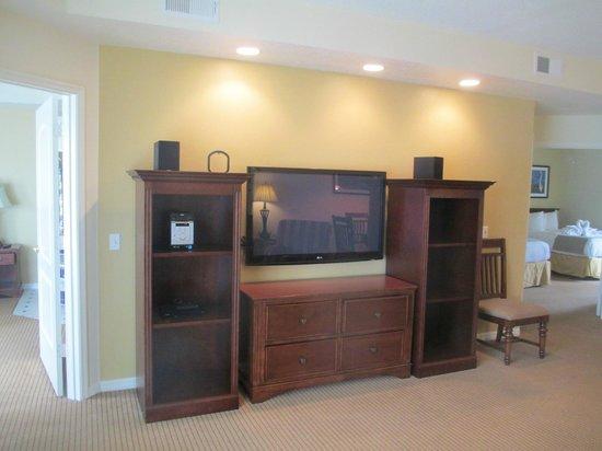 Summer Bay Orlando By Exploria Resorts: Big TV!