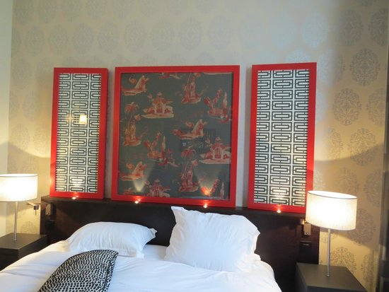 Hotel Stendhal Place Vendome Paris - MGallery Collection: Bed and decor