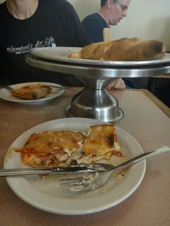 Uncle Vito's Pizzeria: Devorando TUDO
