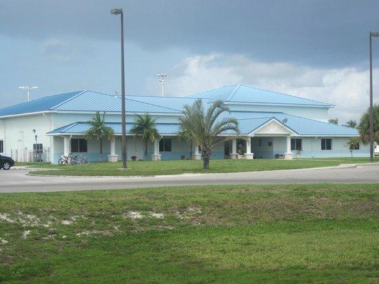 Navy Lodge Key West: Boys and girls club