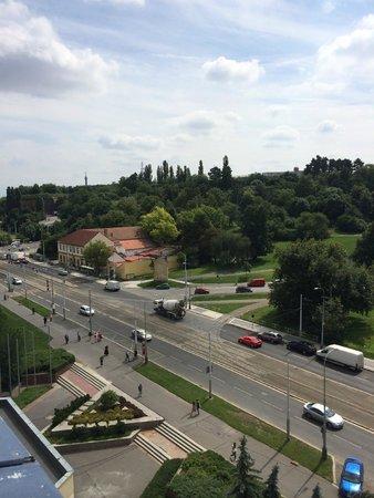 Orea Hotel Pyramida: Вид из окна