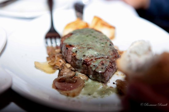 Fleming's Prime Steakhouse & Wine Bar : my husbands steak
