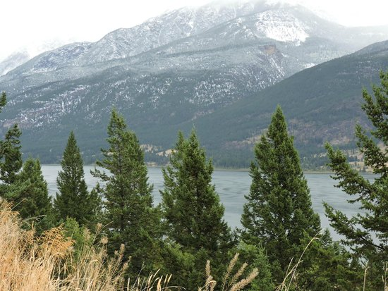 Fairmont Hot Springs Resort : Colombia Lake
