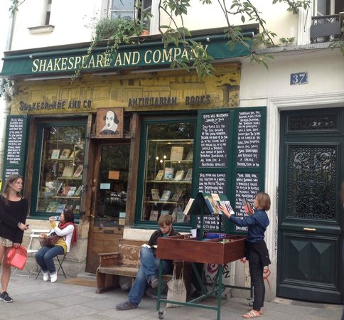 Librairie Shakespeare and Company : Paris - Shakespeare and Company Bookstore