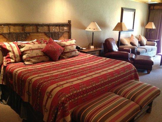 Best Western Ponderosa Lodge: King Bed