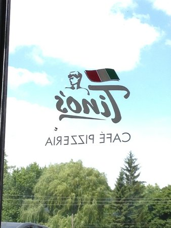 Shorewood, MN: Lots of Natural Light in Tino's Restaurant