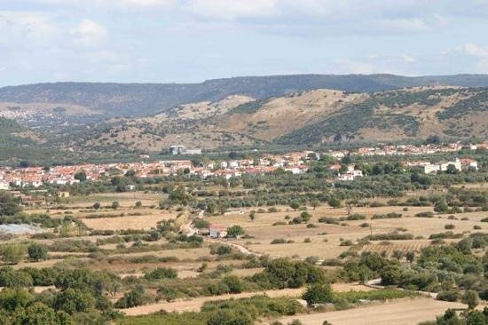 Skala Kallonis, Grekland: A part of the valley