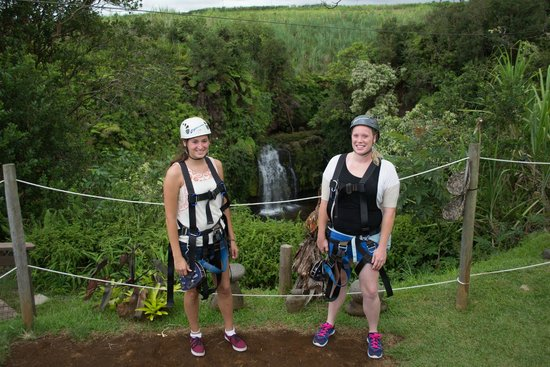 Skyline Eco Adventures - Akaka Falls: At the first waterfall