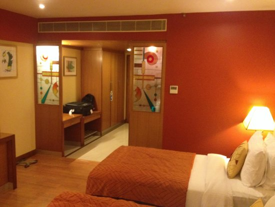 Fortune Park Vallabha: Room