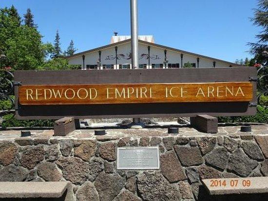 Redwood Empire Ice Arena : 正式名