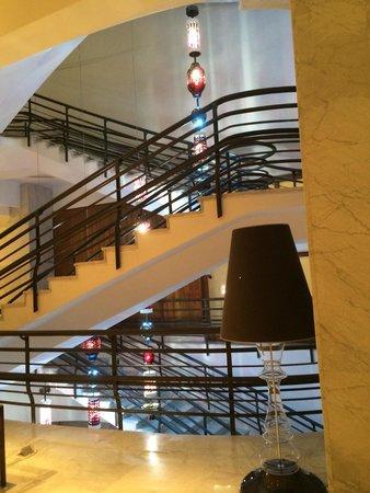 El Aurassi Hotel : Lobby area
