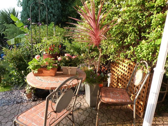 Bosanneth Hotel: The garden