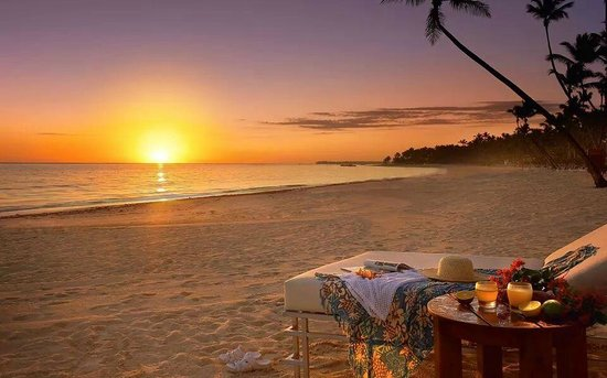 Chera Rock Beach House: Beautiful sunset.... everyday