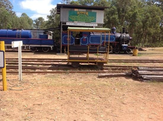 steam train sitting idle at Ravenshoe