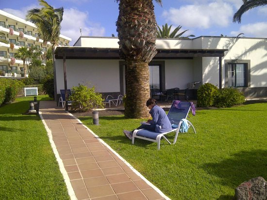 TUI SENSIMAR Natura Palace & SPA: The villa have a private garden to relax in front of the sea