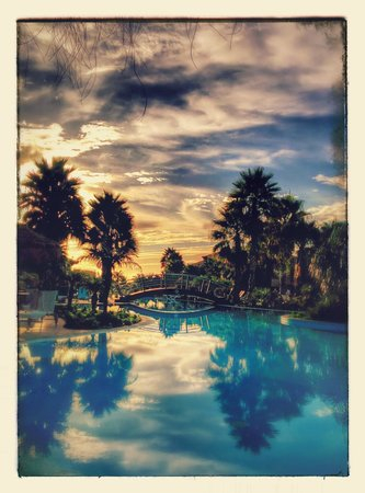 Pestana Porto Santo All Inclusive: Early morning pool view