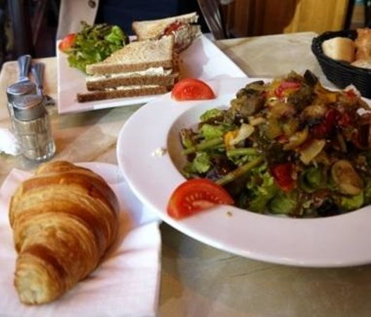 Royal Opera Restaurant: 野菜グリル