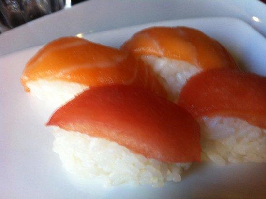 Rogno, Italie : notare come il filetto sia tagliato troppo alto