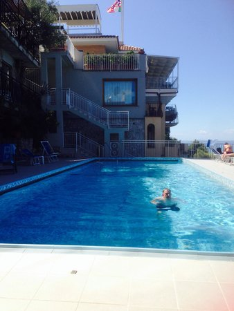 Settimo Cielo: Pool