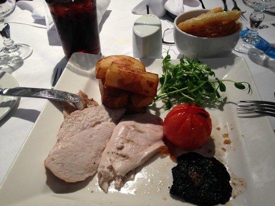 Cedar Court Hotel Huddersfield/Halifax: boring bland chicken dish