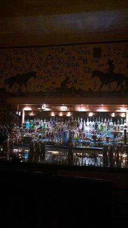Plonk: Bar