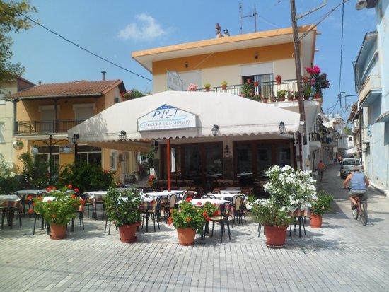 Pigi Taverna: Pigi