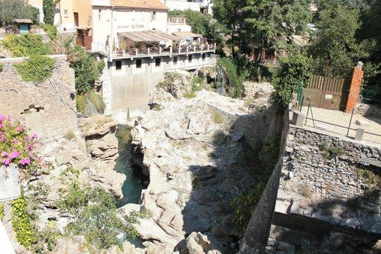 La Grotte: L'auberge du vieux moulin