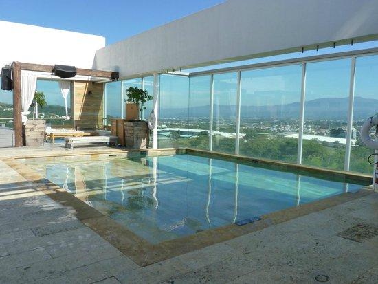 Sheraton San Jose Hotel: pool on the top floor