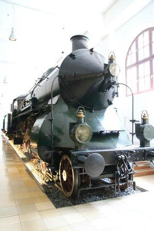 DB Museum (German Railway Museum) : 日本ではない形の蒸気機関車