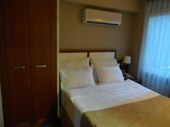 Hotel Polatdemir: Lit confortable