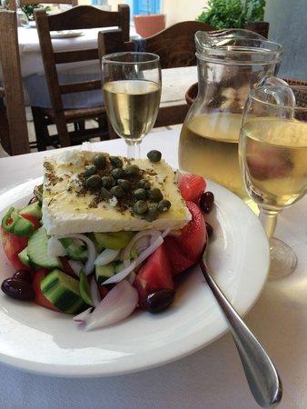 Alaloum : Греческий салат