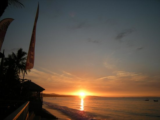 Mui Ne Backpacker Village : Sunrise @ Mui Ne