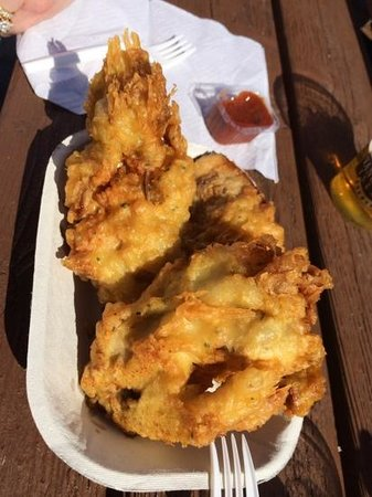 Dicks Fish & Chips: super large oysters ( only 4 )