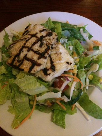 Moor Mill Beefeater: Grilled Haloumi Salad