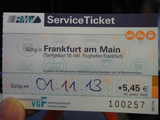 IntercityHotel Frankfurt Airport: 市内交通のチケット