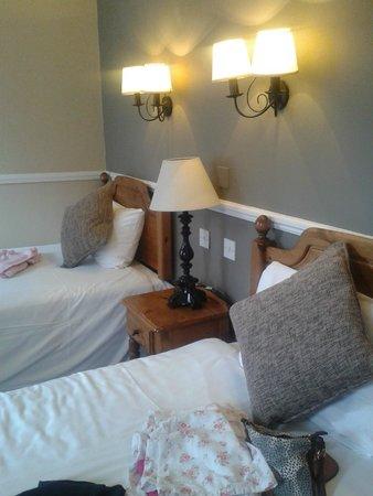 Innkeeper's Lodge Sandbach Homes Chapel: Room 103 - Twin room.