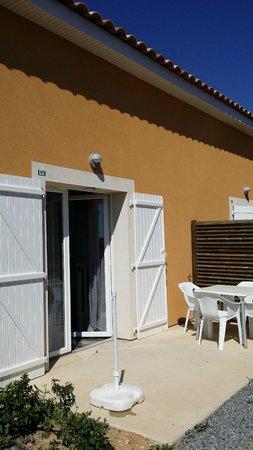 Les Demeures Torrellanes : entrée / terrasse