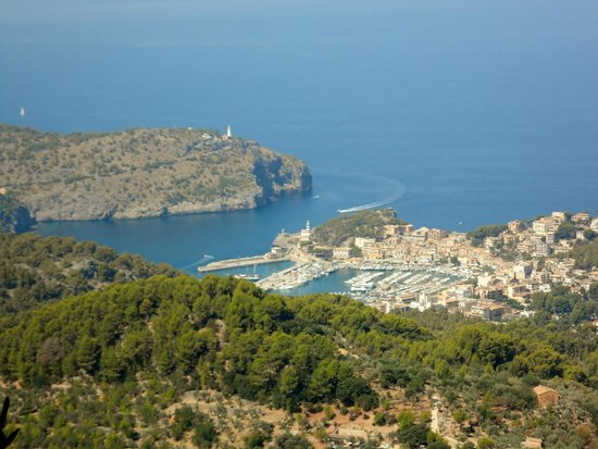 Hotel JS Sol de Alcudia: View of Soller Port from mountains