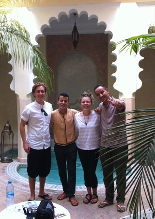 Riad Ambre et Epices : Some of the wonderful staff
